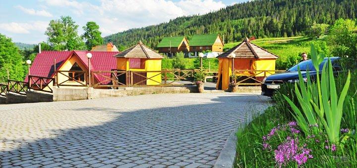 От 4 дней отдыха с питанием, бассейном и экскурсиями в отеле «Швагры» в Карпатах