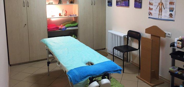 До 7 сеансов массажа спины, шейно-воротниковой зоны, ног в студии красоты «Империя эгоисток»