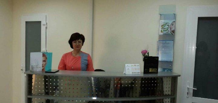 До 58% скидки на массаж спины и воротниковой зоны с УЗ массажем и светотерапией в центре «Клиника Валерии Богатовой»