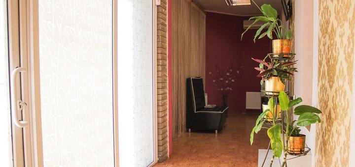 До 10 сеансов миостимуляции с обертыванием в салоне красоты «Crocus»