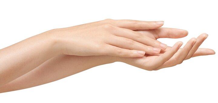 Парафинотерапия рук в салоне красоты «ZEFIR»