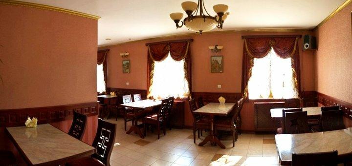 От 2 дней романтического отдыха для двоих в отельном комплексе «Палада» во Львове