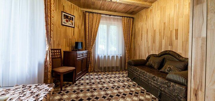 От 3 дней отдыха с питанием в центральном корпусе отеля «Ольга» в Татарове