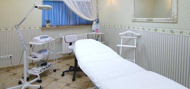 До 2 сеансов инъекционной мезотерапии волос в центре эстетики «Ателье красы»