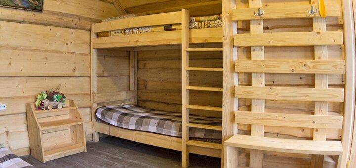 От 5 дней отдыха с питанием в домиках усадьбы «Аляска» в Карпатах