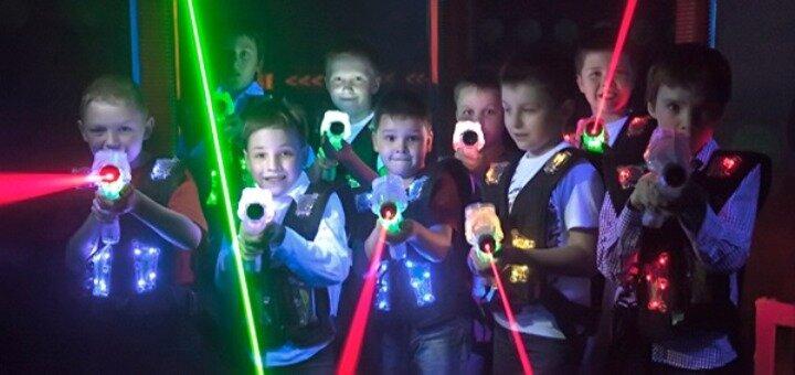 До 60 минут игры в лазертаг от клуба «Лазерные бои» в РЦ «Блокбастер» в любой день недели