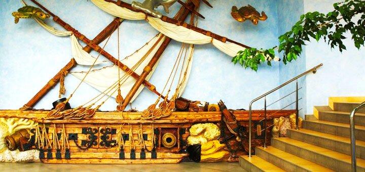 От 2 дней отдыха осенью с завтраками и бассейном в отеле «Морской 4*» в Одессе