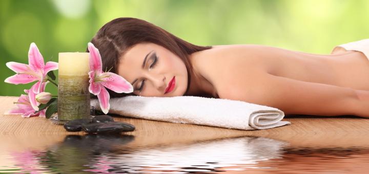 До 6 сеансів оздоровчого масажу спини та шийно-комірцевої зони в центрі масажу доктора Фолюш