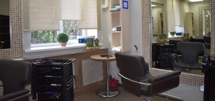 Ламинирование волос со стрижкой кончиков и укладкой в «Alehandra studio»