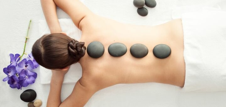 До 3 сеансов SPA-программы «Релакс всего тела» c фито-бочкой и горячими камнями в салоне «Мажорель»