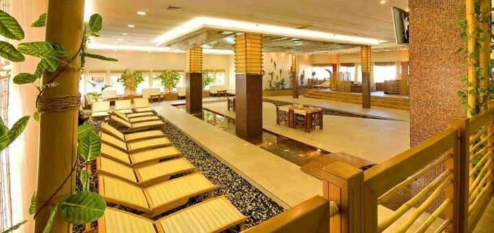 Целый день для одного или двоих в SPA-центре «Aqua Paradise» с бассейном, джакузи, пляжем