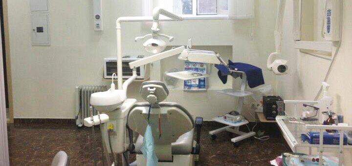 Скидка до 59% на установку до 4 имплантов «Neobiotech» в стоматологической клинике «TenDDenT»