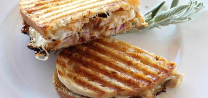 Скидка 50% на все меню напитков, десертов и сэндвичей в кофейне «Дзен Кава»