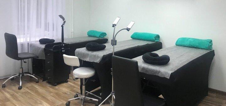 До 5 сеансов массажа шейно-воротниковой зоны в студии красоты «Laresh»