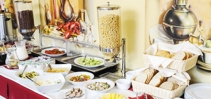От 3 дней зимнего отдыха с завтраками в отеле «Гірська соната» в Карпатах