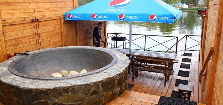 До 4 часов купания в чанах в будние для двоих или компании в SPA-комплексе «Баня Афродиты»